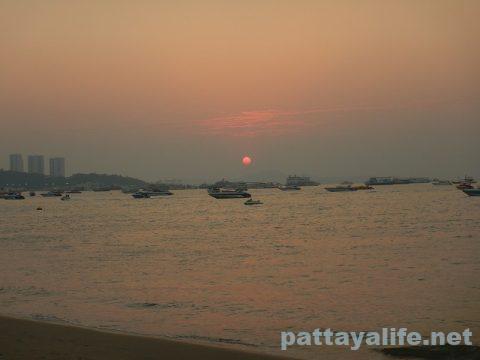 パタヤビーチ2020年2月 (10)