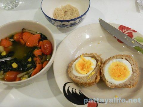 Nueng's Pie Pattaya (18)スコッチエッグ