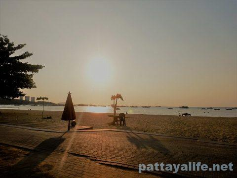 パタヤビーチ4月3日 (5)