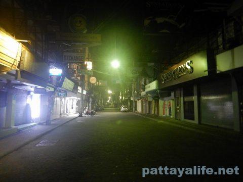 夜のウォーキングストリート2020年5月 (8)