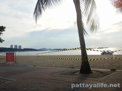 パタヤビーチ閉鎖立ち入り禁止 (6)