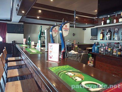 the punch & judy Pulicinella Italian ristro pub pattaya (8)
