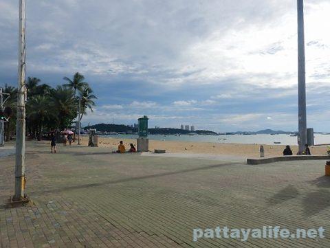 パタヤビーチ20200629 (1)