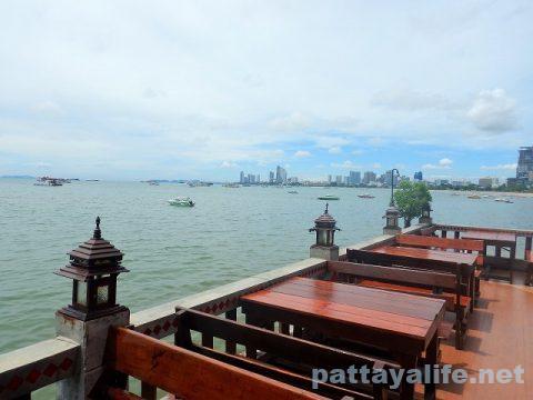Pattaya Beer Garden パタヤビアガーデン (9)