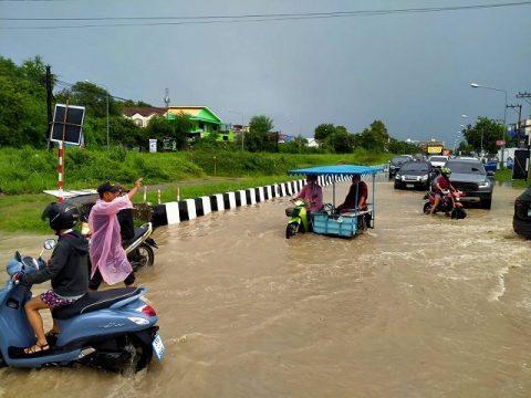 パタヤ洪水7月7日 (1)