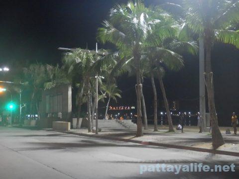 パタヤビーチロード20200707 (3)