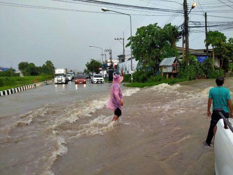 パタヤ洪水7月7日 (4)