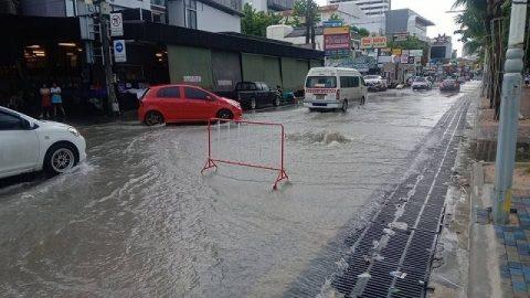 パタヤ洪水7月7日 (3)