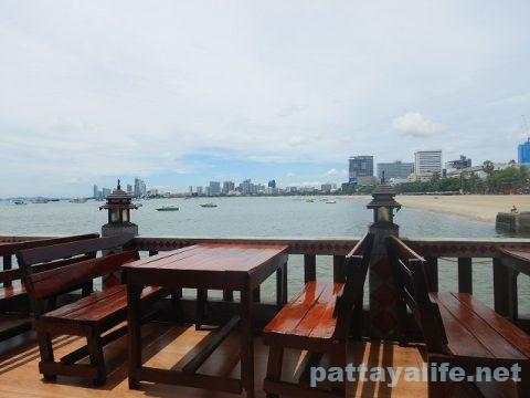 Pattaya Beer Garden パタヤビアガーデン (3)