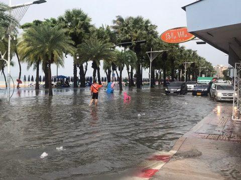 パタヤ洪水7月7日 (2)