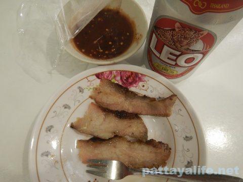 パタヤタイコームーヤーン専門店Grilled Pork (13)
