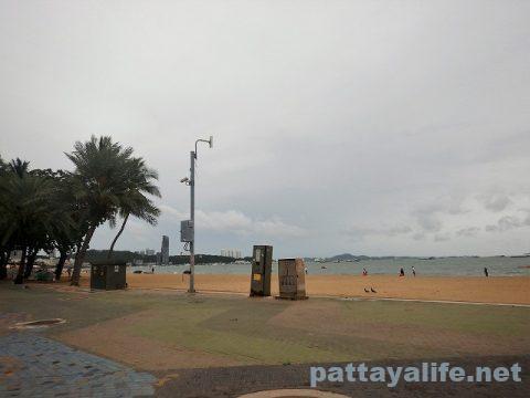 9月19日パタヤビーチ (1)