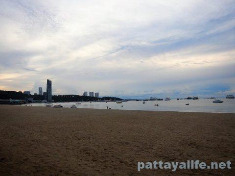 パタヤビーチ20200908 (5)
