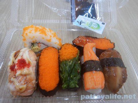 ビッグCエクストラのたこ焼きと大福と寿司 (3)
