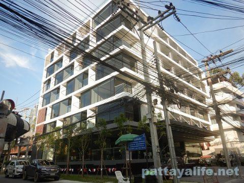 ソイ7の新築ホテル (1)